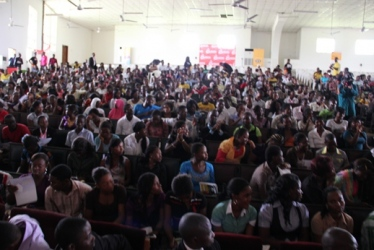the-esctatic-crowd-could-not-get-enough-from-the-rich-content-port-harcourt-session-of-the-rise-youth-forum-2011